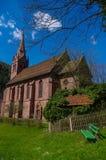Vista alla chiesa catolic della st Bonifatius, cattivo Wildbad, Germania fotografie stock libere da diritti