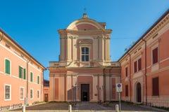 Vista alla chiesa di San Lorenzo nel Cento - Italia fotografia stock