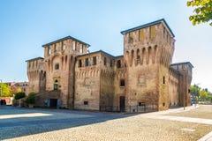 Vista alla fortezza di Rocco a Rocco Place del Cento - Italia immagine stock