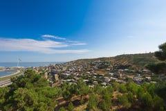 Vista alla vecchia città di Bacu dal parco della regione montana Fotografie Stock