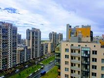 Vista alle nuove aree della città, nuovo colore dell'multi-appartamento del pannello Immagini Stock Libere da Diritti