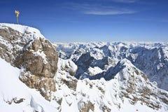 Vista alpina di Zugspitze immagini stock libere da diritti