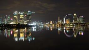 Vista amplia del paisaje urbano de Marina Bay Fotos de archivo
