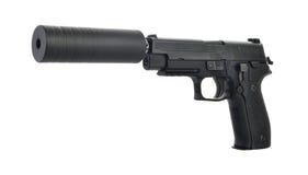 Vista angular de uma pistola suprimida com o martelo armado pronto para atear fogo Fotos de Stock
