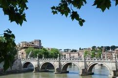 Vista antica del ponte a Roma, Italia Immagine Stock Libera da Diritti