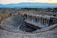 Vista ao anfiteatro do período romano grego em Pamukka Imagem de Stock