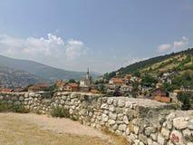 A vista ao castelo no Travnik Imagens de Stock