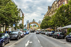 Vista ao coração de Francoforte no Kaiserstrasse Imagem de Stock Royalty Free