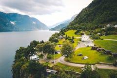 Vista ao fiorde e à água do zangão em Noruega Imagem de Stock
