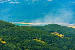 Vista ao jezero de Ramsko da montanha Foto de Stock Royalty Free