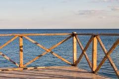 Vista ao mar do balcão foto de stock