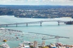 vista ao porto Nova Zelândia de Auckland fotografia de stock royalty free