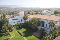 Vista ao tribunal de Santa Barbara fotografia de stock royalty free