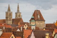 Vista aos telhados do der Tauber do ob de Rothenburg Fotos de Stock