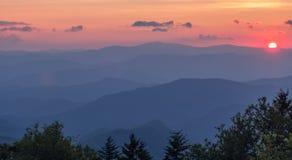 Vista após o por do sol em Great Smoky Mountains fotos de stock royalty free