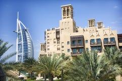 Vista araba di Al di Burj da Madinat Jumeriah Immagini Stock Libere da Diritti