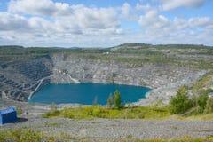Vista aérea da mina do asbesto Fotos de Stock Royalty Free