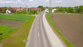 Vista aérea de la bici del deporte metrajes