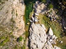Vista aérea de la piscina natural de Cavu cerca de Tagliu Rossu y de Sainte L Fotografía de archivo libre de regalías