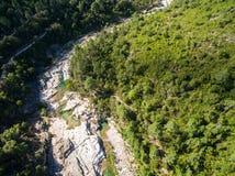 Vista aérea de la piscina natural de Cavu cerca de Tagliu Rossu y de Sainte L Fotografía de archivo