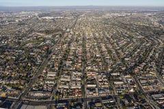Vista aérea de las vecindades del sur de la bahía en California meridional Imagen de archivo libre de regalías