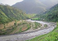 Vista aérea del río del ganga del enrollamiento con himalay uttaranchal Imagen de archivo