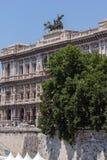 Vista asombrosa del edificio del Tribunal de la casación Supremo en la ciudad de Roma, Italia Foto de archivo