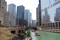 Vista asombrosa del horizonte de Chicago Torres en Chicago, IL, los E.E.U.U. 09 19 2014 Foto de archivo