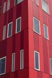 Vista astratta della costruzione di appartamento rossa Fotografia Stock