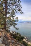 Vista attraverso il lago Tahoe Immagini Stock Libere da Diritti
