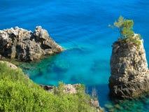 Vista azul de la isla de Greeces Corfú Foto de archivo libre de regalías