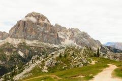 Vista bella delle alpi delle dolomia, Italia Immagine Stock