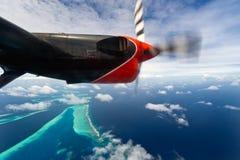 Vista Bird's-eye de los atolones de maldives Fotos de archivo libres de regalías