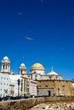 Vista bonita da catedral Nueva em Cadiz Imagem de Stock