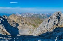 Vista bonita da montanha Valluga, cumes de Lechtal, Áustria Fotografia de Stock Royalty Free