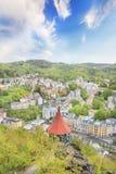 A vista bonita de Karlovy varia, república checa fotos de stock