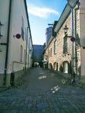 Vista bonita de uma cidade europeia em um dia ensolarado fotografia de stock