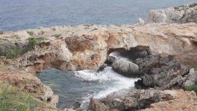 Vista bonita do cabo Greco em Chipre filme