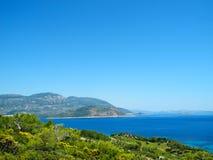 Vista bonita do litoral mediterrâneo O tre da maneira de Lycian fotos de stock