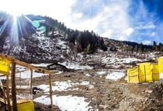 Vista bonita do vale de Parvati imagem de stock