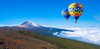 Vista bonita do vulcão famoso original Teide em um dia ensolarado, Te fotos de stock royalty free