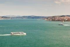 Vista a Bosphorus, Istambul, Turquia Imagens de Stock Royalty Free