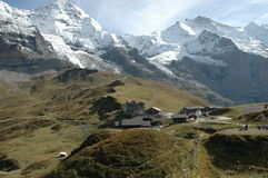 Vista cénico de alpes suíços fotografia de stock royalty free