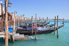 Vista cénico do cais, Veneza (Italy) Fotos de Stock Royalty Free