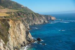 Vista cênico da estrada pacífica 1 do litoral de Califórnia Fotografia de Stock Royalty Free
