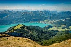 Vista cênico de Schafberg sobre o lago Wolfgang fotografia de stock