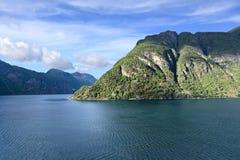 Vista cênico de Storfjord (Noruega) Fotos de Stock Royalty Free