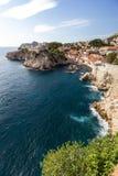 Vista cênico do oceano e da cidade de Dubrovnik Imagens de Stock