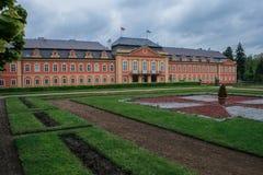 Vista centrale dell'entrata del castello di Dobris Viste della repubblica Ceca fotografia stock