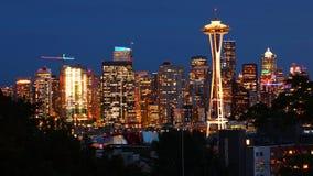 Vista centro da cidade de Seattle, Washington na noite foto de stock